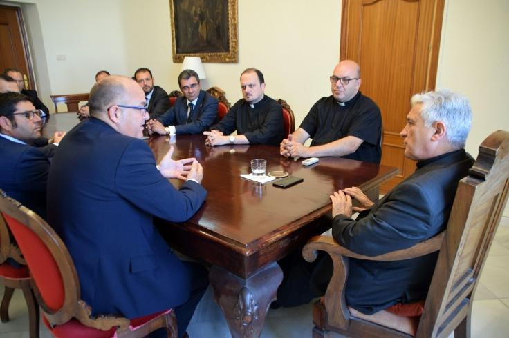 Reunión de 2017 entre el Consejo de Hermandades y Cofradías de San Fernando y el obispo de Cádiz (2017).